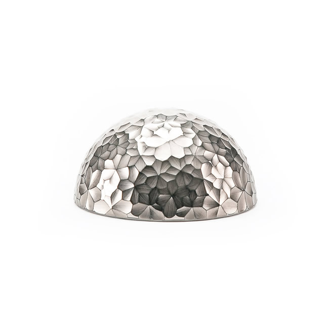 DAISY PLATINUM PAPER WEIGHT