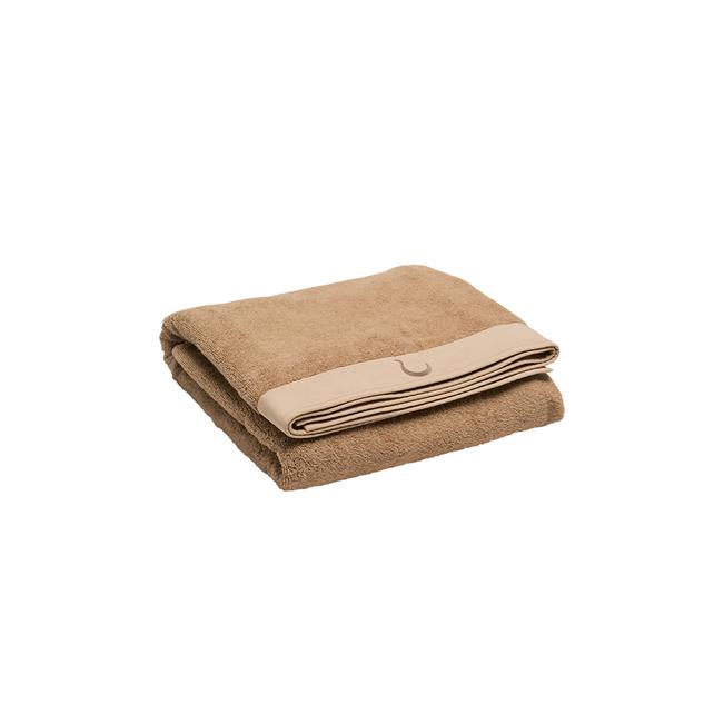 NATURAL DYED BATH TOWEL